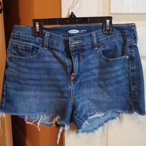 Old navy boyfriend Jean shorts.